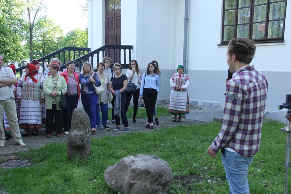 Зміцер Юркшайціс распавядае пра старавольскі камень. Травень'2017